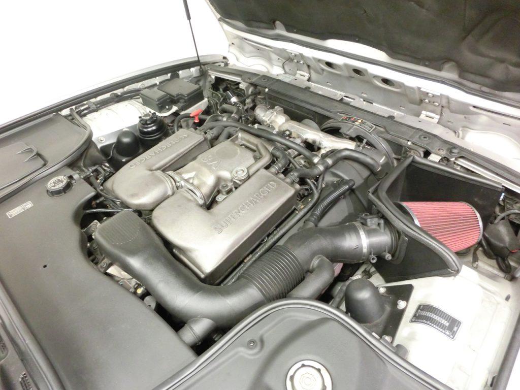 ジャガーXJR X308エンジン冷却水漏れ修理