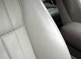 ジャガー車内クリーニング