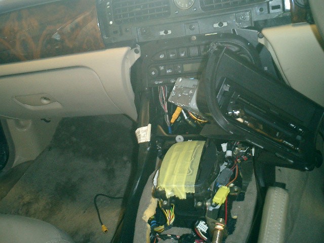 X308モニター取付