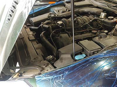 ジャガー XK 8 エンジン不調 警告灯点灯 点検修理